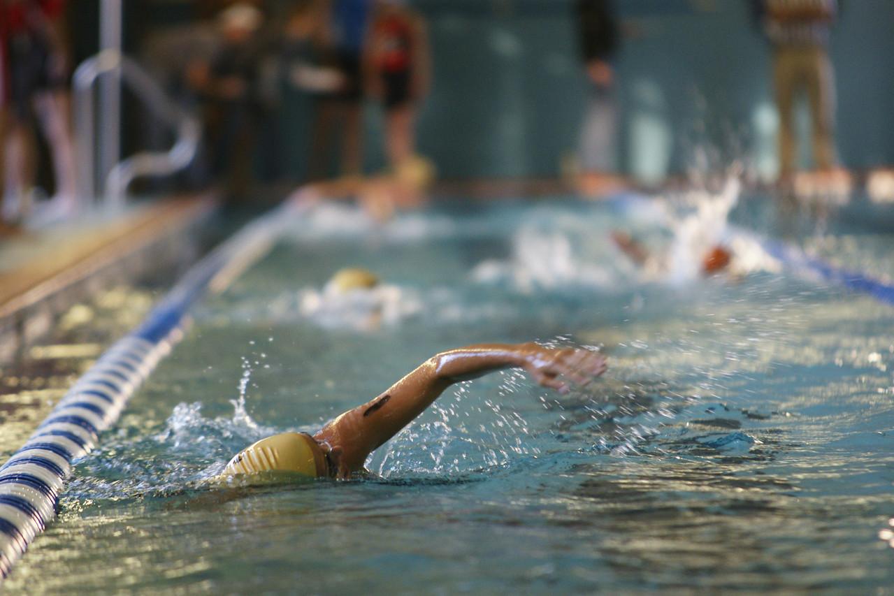 Racer No. 1 begins a fast swimming rhythm