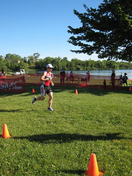 Mike Kotajarvi pounding his way through the run portion.