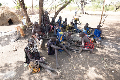 In contrast to the other tribes the Mursi are quite independent and feared in the past with lip and ear plates, but our arrival was not cause for excitement