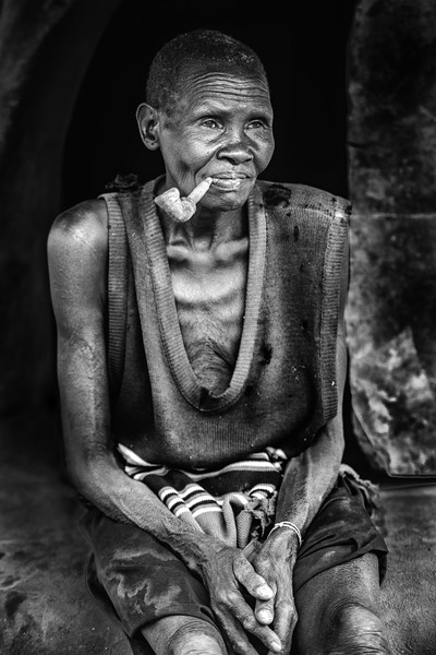Boya woman with pipe, Camp 15