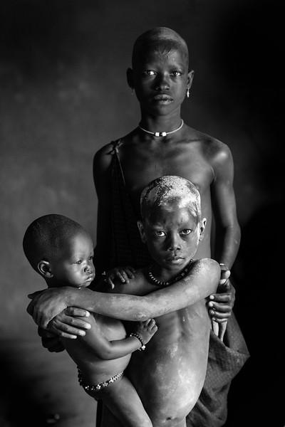 Three of us Mundari