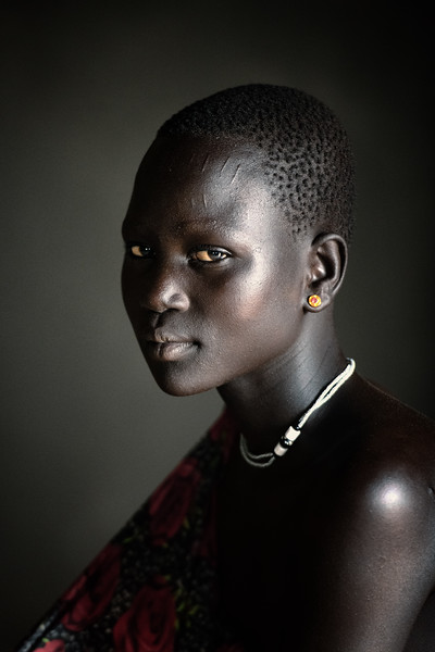 Portrait of a Mundari girl