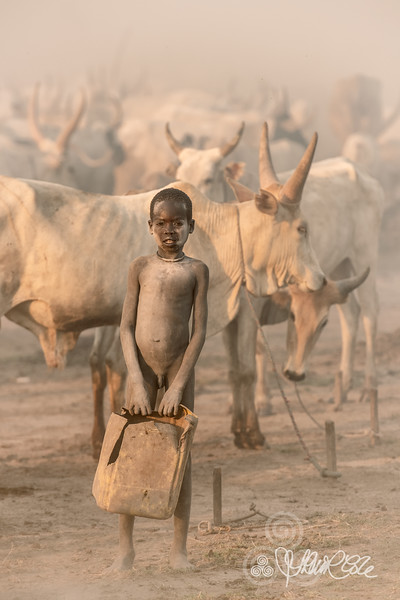 Little Mundari tribes boy