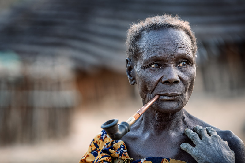 Boya woman with her pipe