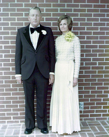 John & Catherine Owings at Robert & Faye Owings Wedding on 9-20-1975