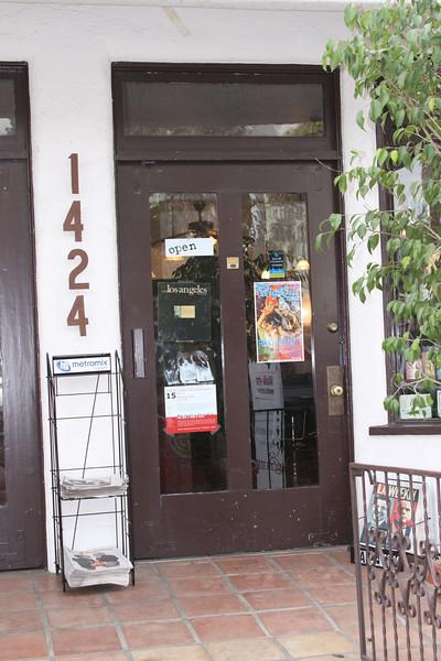 10 31 08  Trim Abbot Kinney Blvd   Venice (5)