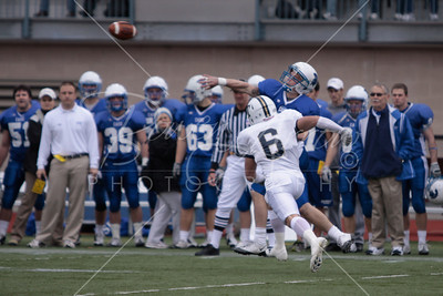 FB vs Case Western 112109-0094