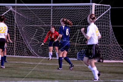 Soccer (W) vs Manchester 082709-28