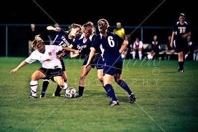 Soccer (W) vs Manchester 082709-103