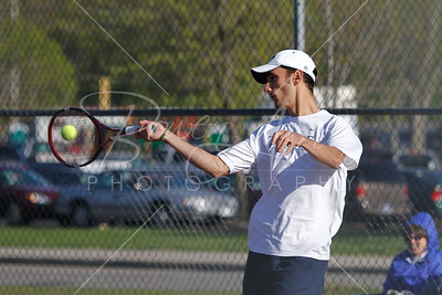 M Tennis vs KZoo 042710-0095