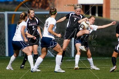 Soccer (W) vs Albion 101610-0018