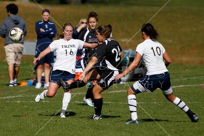 Soccer (W) vs Albion 101610-0053