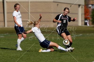 Soccer (W) vs Albion 101610-0035