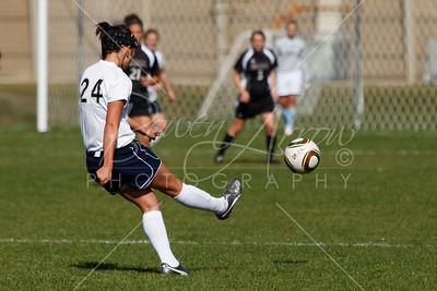 Soccer (W) vs Albion 101610-0014