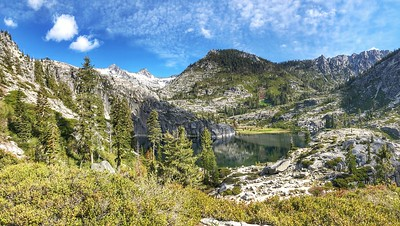 Trinity Alps Thompson Peak 9,002 ft. Upper Canyon Creek Lake