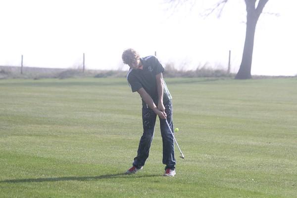 Trinity Christian home golf dual against HMS 4-13-17