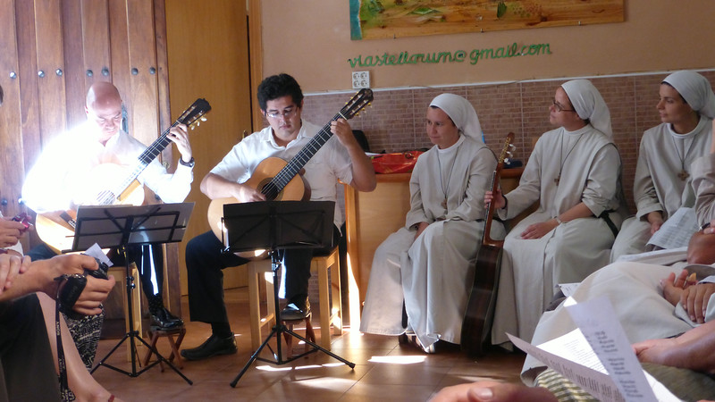 Special Perfomance by Guitarists from Mexico