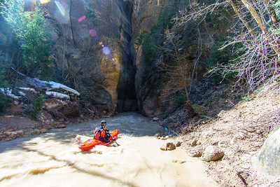 Eric Jones floats towards an ominous narrows early in the run.