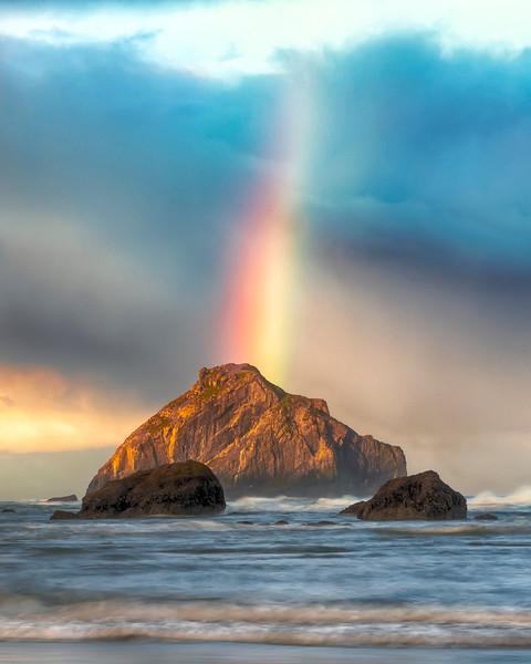 Bandon Beach Facerock with Rainbow