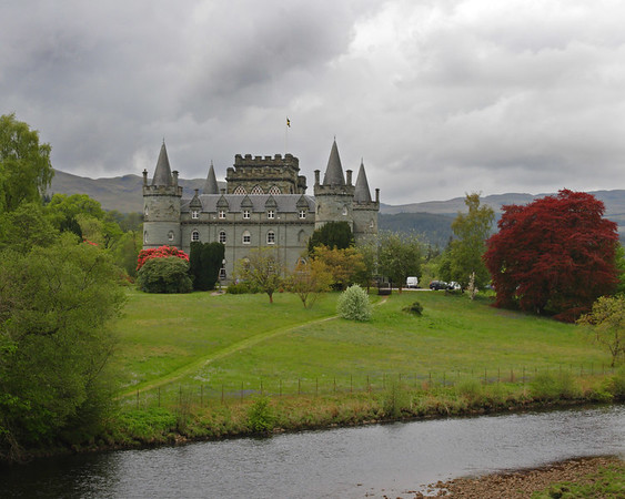 Photograph of Inveraray Castle in Argyll, Scotland (5/06).