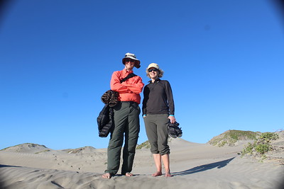 John y Cindy in the dunes