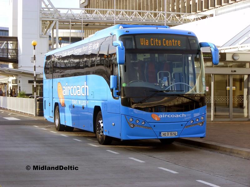 First Aircoach 142-D-15752, Dublin Airport, 24-06-2015
