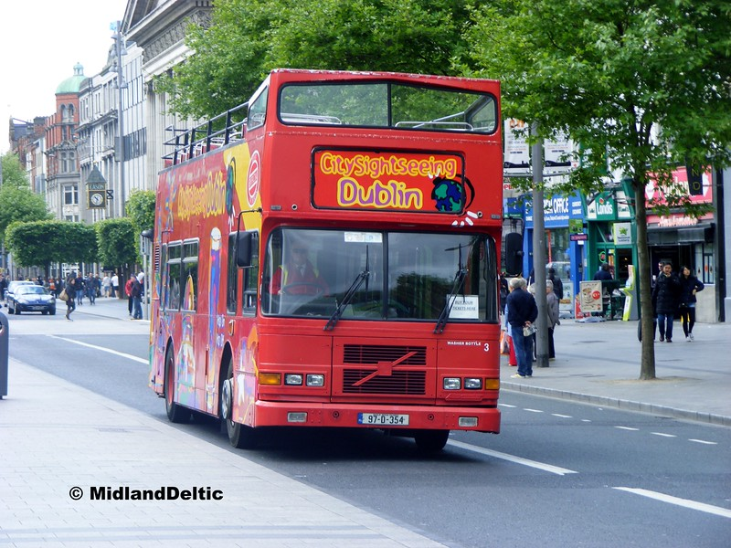 Dualway 97-D-354, O'Connell St Dublin, 06-06-2015
