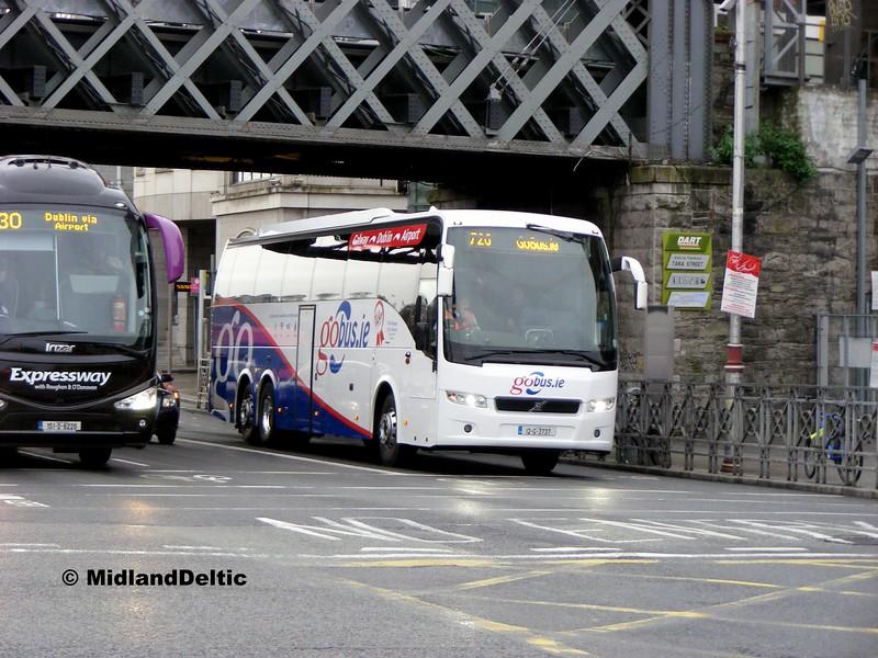 B Kavanagh 12-G-3737, George's Quay Dublin, 26-10-2015