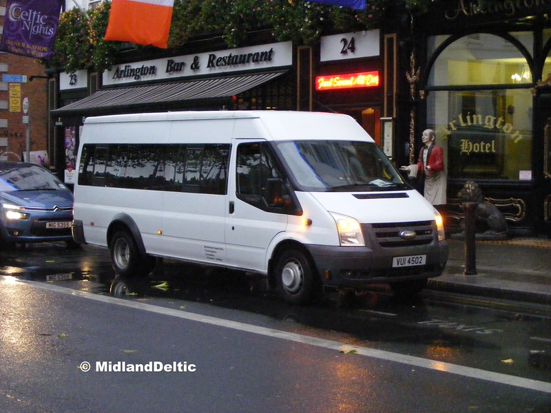 Borderline Coach Hire VUI4502, 26-10-2015