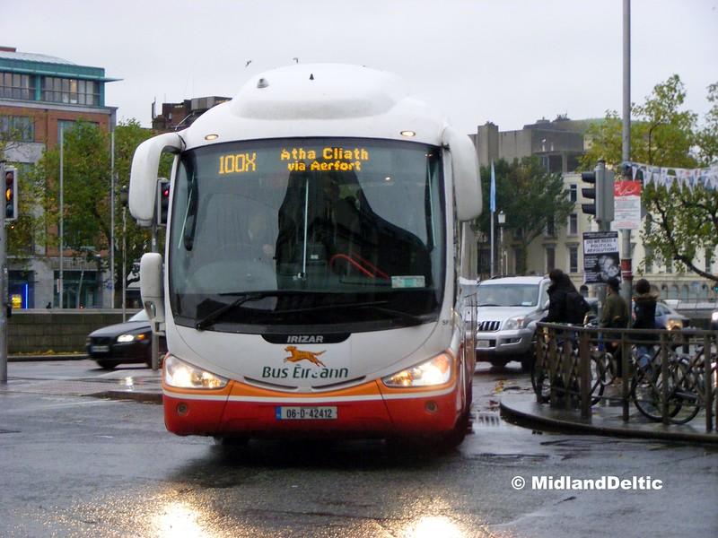 Bus Éireann SP52, D'Olier St Dublin, 26-10-2015