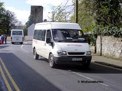 M&A Coaches 04-KK-3704, Railway Street Portlaoise, 29-04-2015