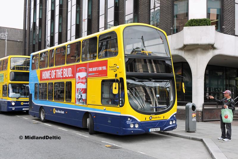 Dublin Bus GT54, Abbey St Dublin, 25-07-2016