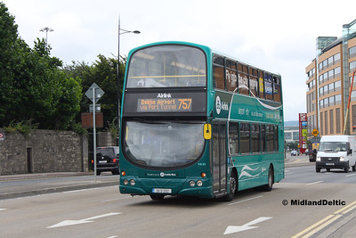 Dublin Bus VG33, East Wall Rd Dublin, 25-07-2016