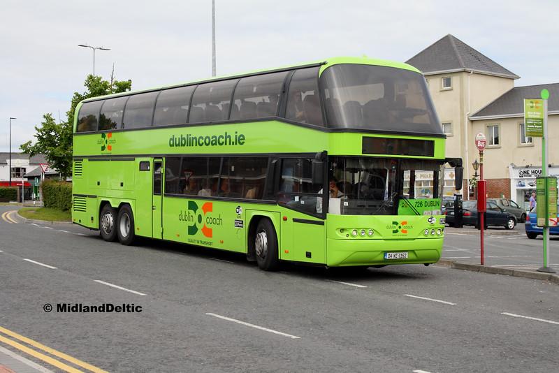 Dublin Coach 04-KE-11352, James Fintan Lawlor Ave Portlaoise, 21-06-2016