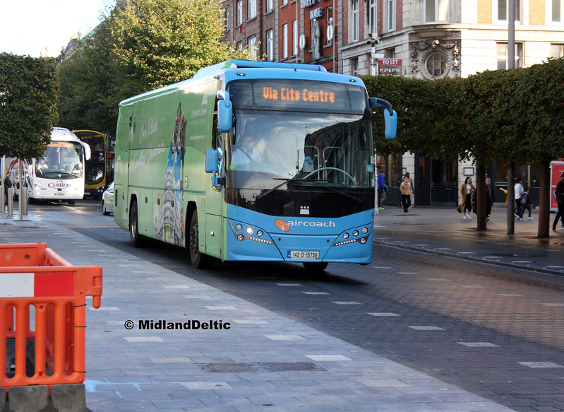 First Aircoach 142-D-15750, O'Connell St Dublin, 21-09-2017