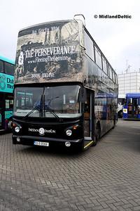 Dublin Mini Coach 02-D-20269, Dún Laoghaire Harbour, 28-10-2017