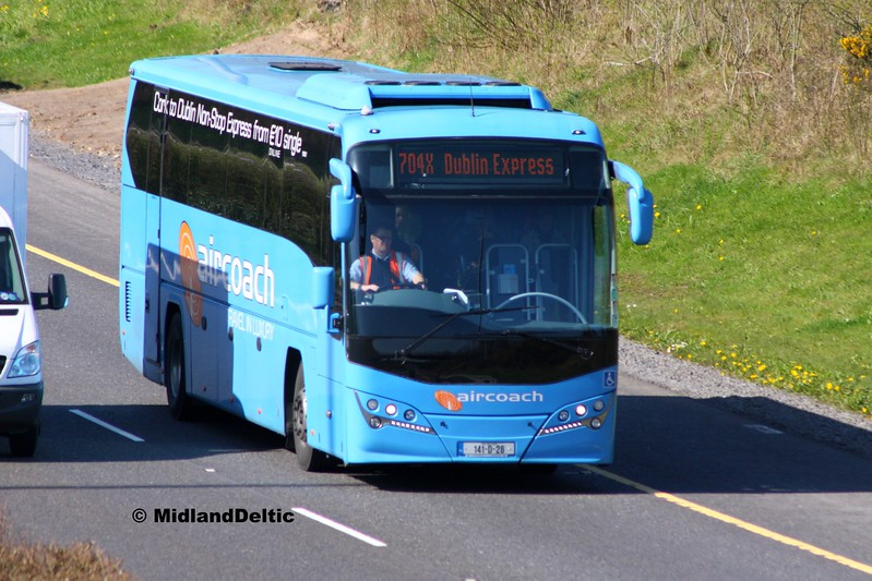 First Aircoach 141-D-28, M7 Junction 17 Portlaoise, 24-03-2017