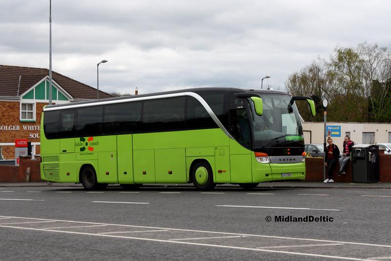 Dublin Coach 04-D-22822, James Fintan Lawlor Ave Portlaoise, 17-04-2017