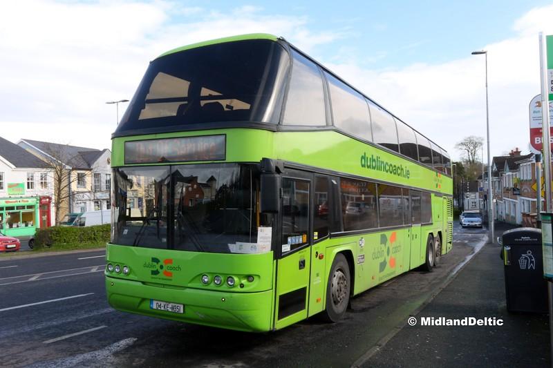 Dublin Coach 04-KE-11351, James Fintan Lawlor Ave Portlaoise, 21-03-2017