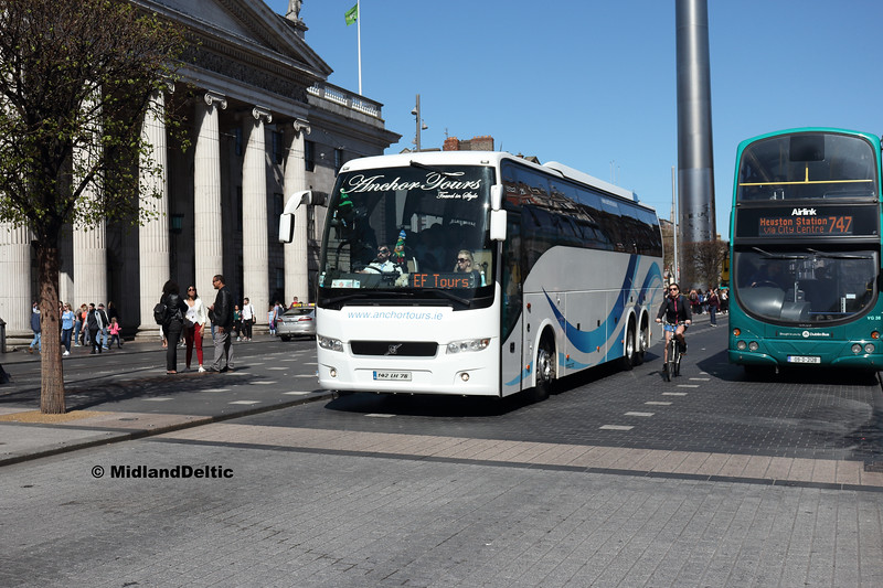 Anchor Tours 152-LH-78, O'Connell St Dublin, 21-04-2018