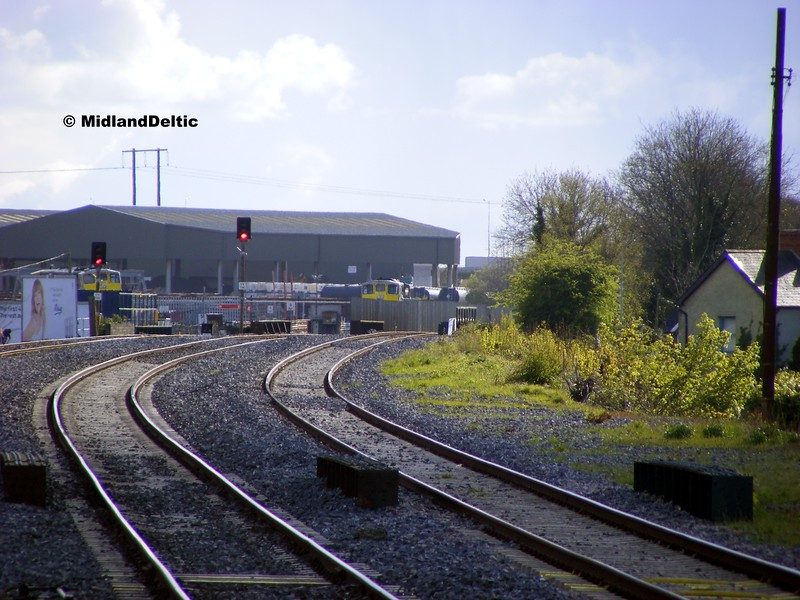 080, 076, Portlaoise PW Yard, 21-04-2012