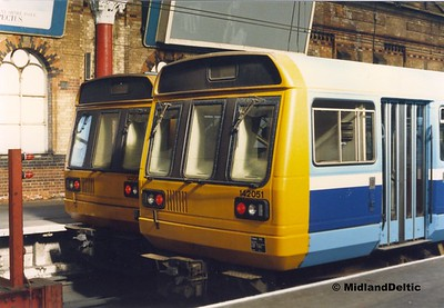 142051, 14206x, Manchester Piccadilly, 1987