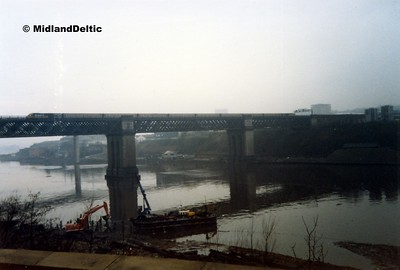 HST, King Edward Bridge Newcastle, 01-03-1987