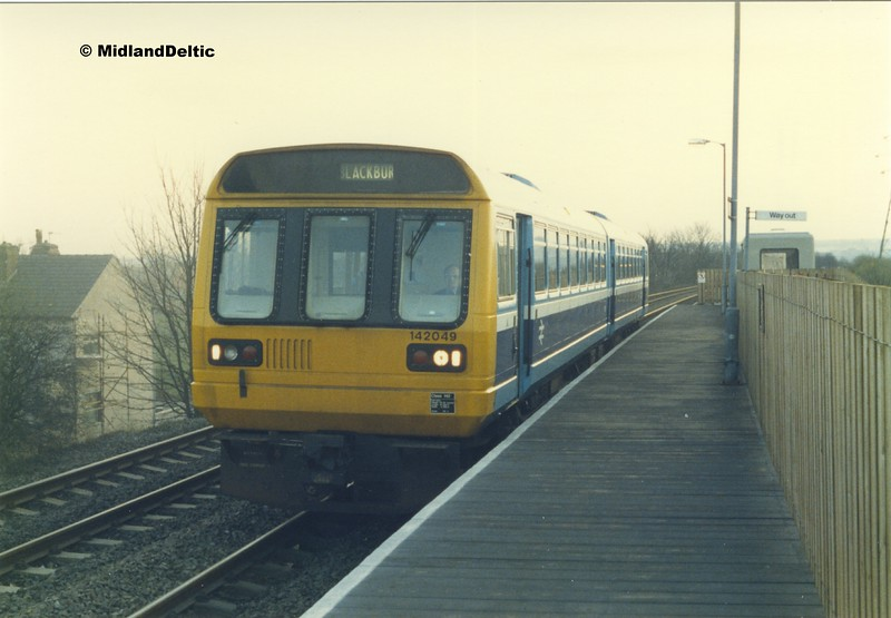 142049, Hall I'th' Wood, 25-11-1987