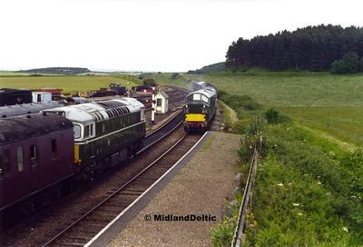 D5386, D6732+D5207, Weybourne, 10-06-2000