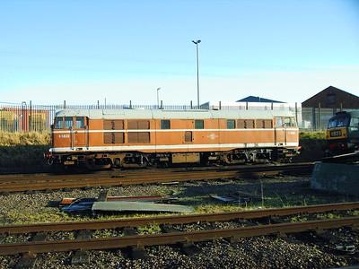 D5830, Loughborough Central, 11-12-2005