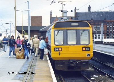 142060, Wigan North Western, 1987?