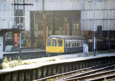 Class 104, Manchester Victoria, 1987?