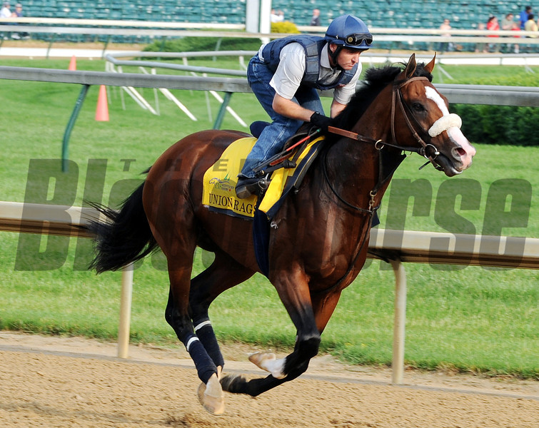 Union Rags - Churchill Downs, May 3, 2012.<br /> Photo by Dave Harmon