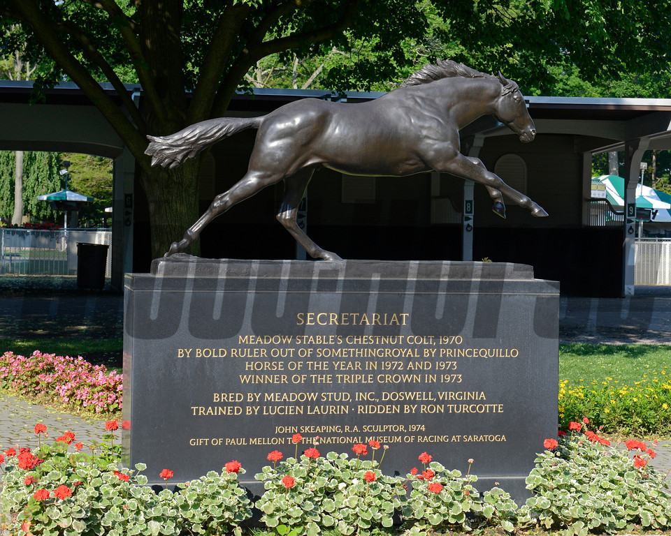 Caption: Secretariat statue in the Belmont Park paddock<br /> Belmont and undercard works on June 3, 2014, at Belmont Park in Elmont, N.Y.<br /> TuesOrigs2  image850<br /> Photo by Anne M. Eberhardt